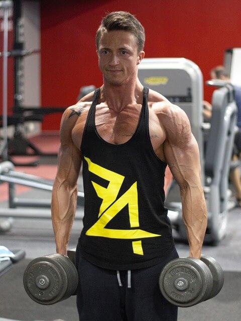 gym-man-min